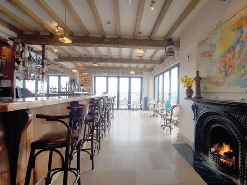 lounge-bar2 Lounge Bar